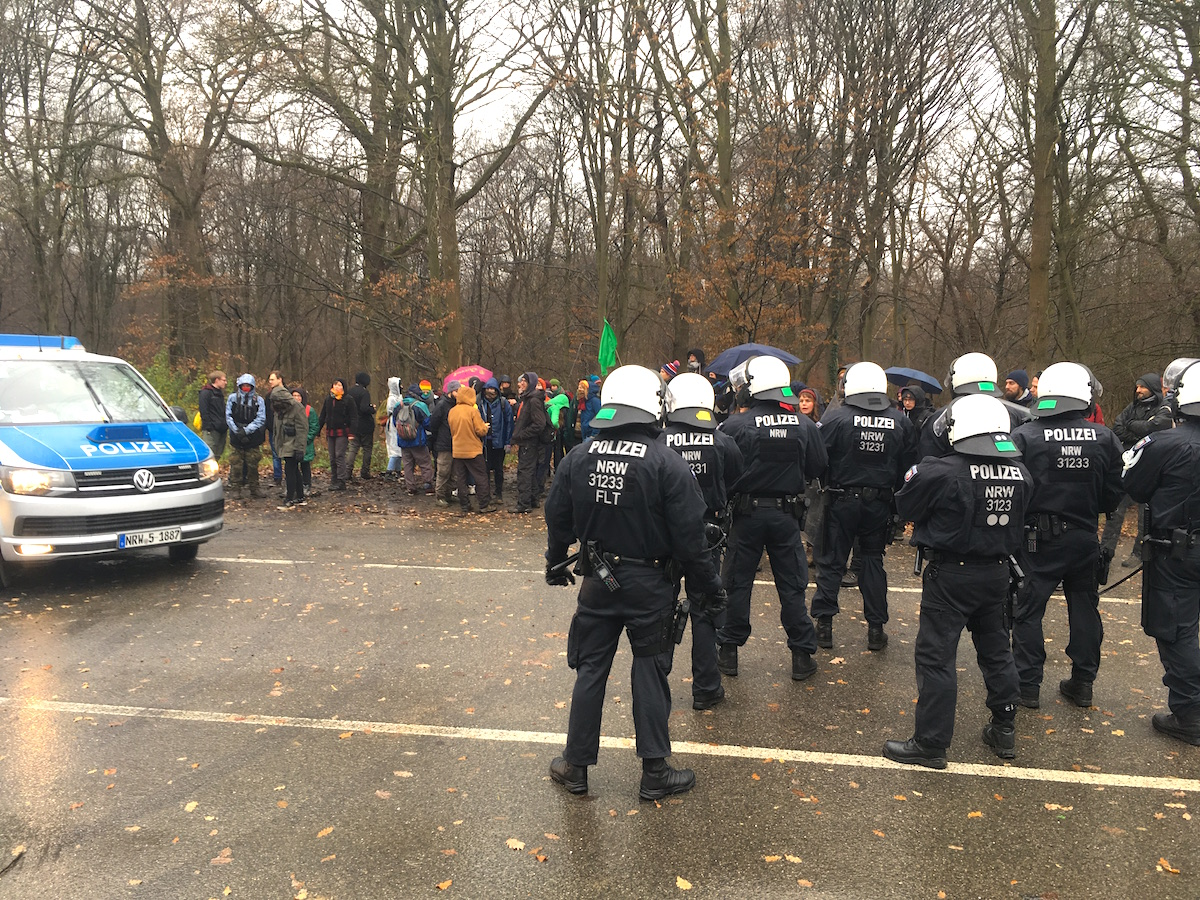 hambacher forst konfrontation