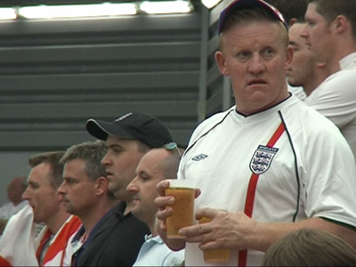england_fans2-1